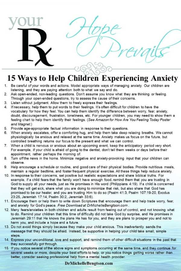 Once parents know how to recognize anxiety in their children, they usually want to know how to help them. Read more for common signs and symptoms of anxiety in children and how to help them. #anxiety #mentalhealth